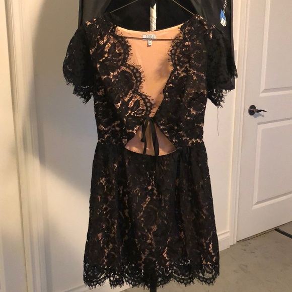 Tobi Black Lace Tie-front Dress